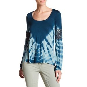 Jessica Simpson Laurine Bell Sleeve Tie Dye Tee !E